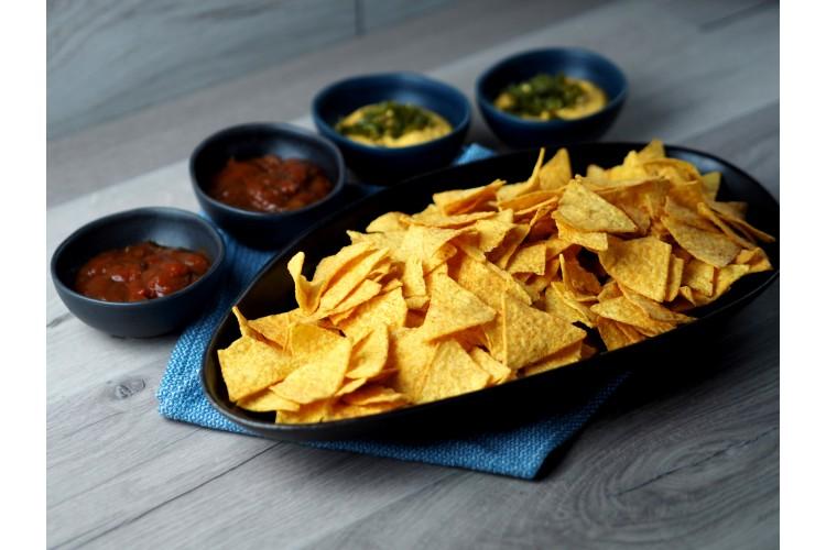 Nagy nachos tál (2 sajtmártás + 2 salsa)