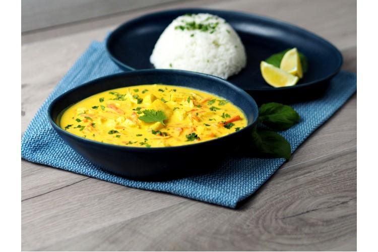 Kókusztejes sárga curry jázmin rizzsel (enyhén csípős)
