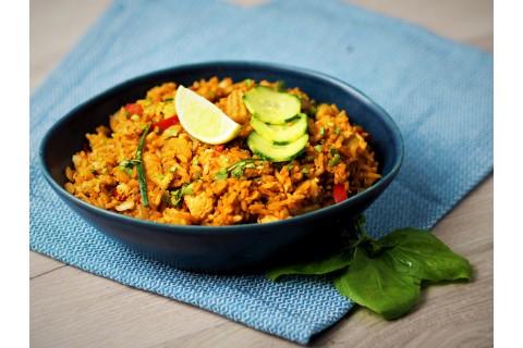 Vörös currys sült rizs (csípős)