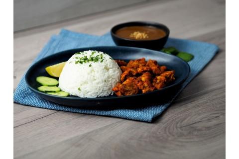 Thai Csirke Satay mogyorós szósszal, jázmin rizzsel boxban